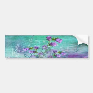 Flores roxas e uma contagem musical adesivo para carro