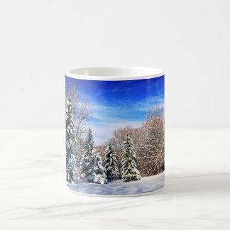 Floresta do inverno caneca