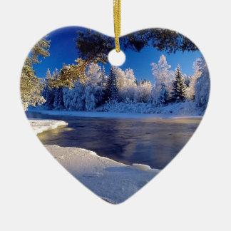 Fluxo do gelo do rio da natureza enfeite para arvore de natal