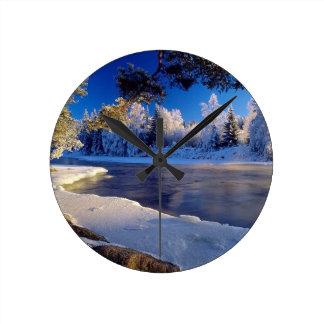 Fluxo do gelo do rio da natureza relógios para paredes