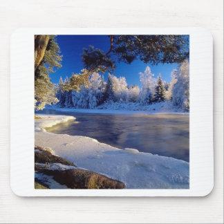 Fluxo do gelo do rio da natureza mousepads