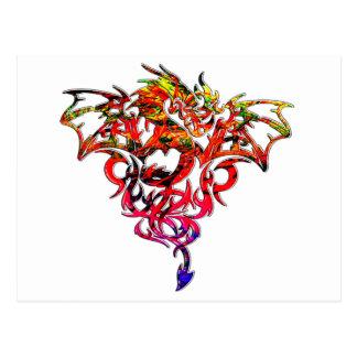 Fogo abstrato que respira o dragão tribal cartão postal