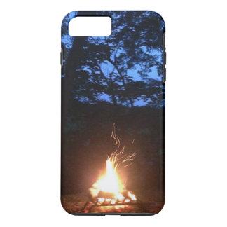 Fogo Wispy no por do sol Capa iPhone 8 Plus/7 Plus