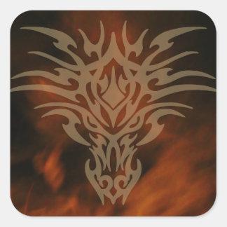 Fogos das etiquetas principais do dragão da vida adesivo quadrado