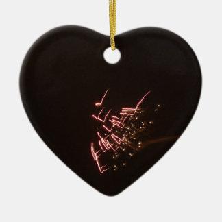 Fogos-de-artifício 2 ornamento de cerâmica coração