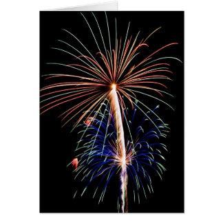 Fogos-de-artifício-cardcopy festivos do feriado cartão