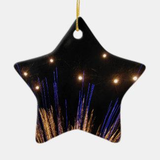 Fogos-de-artifício Ornamento De Cerâmica Estrela