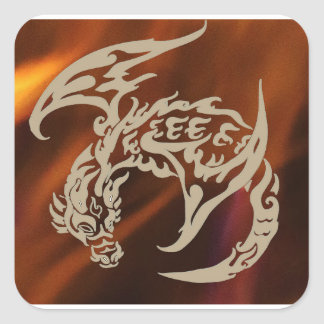 Fogos de etiquetas do dragão de vôo da vida adesivo quadrado