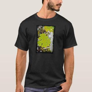 Folha verde HDR do carvalho Tshirts