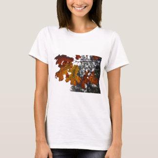 Folhas do carvalho do outono t-shirts