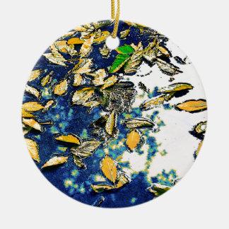 Folhas na chuva ornamento de cerâmica