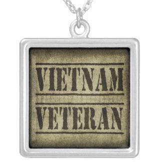 Forças armadas do veterano de Vietnam Colar Com Pendente Quadrado