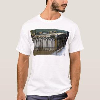 Fortaleza St Petersburg Rússia de Peter e de Paul T-shirts