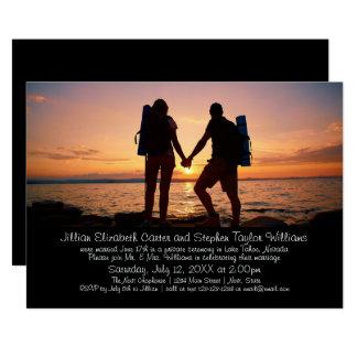 Foto dos mochileiros - anúncio do casamento