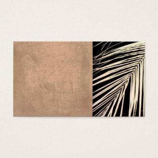 foto em folha de palmeira do original do modelo de cartão de visitas