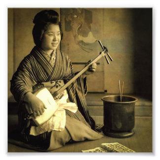 Foto Gueixa que pratica o vintage Japão velho de
