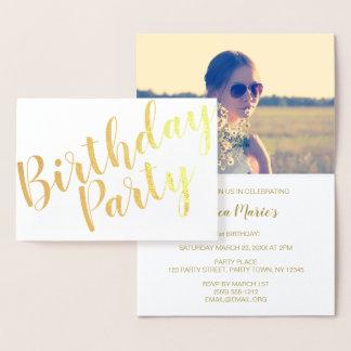Foto moderna do convite de aniversário da folha de