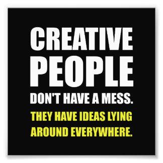 Foto Pessoas criativas das ideias da confusão