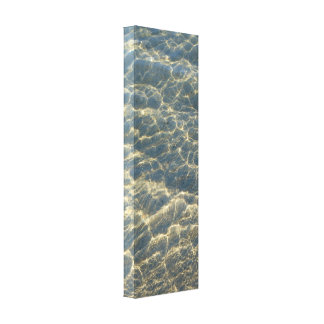 Fotografia da reflexão da ondinha da água da praia impressão em tela