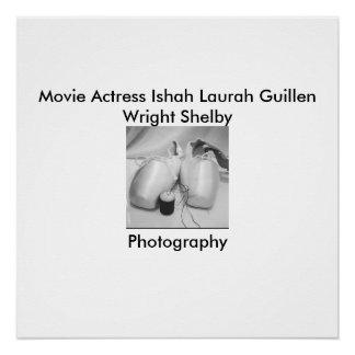 Fotografia preto e branco de Ishah da atriz do Poster Perfeito