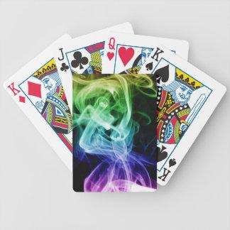 Fumo azul verde vibrante do abstrato do roxo jogo de carta