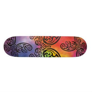Fundo tribal da aguarela do arco-íris da borboleta shape de skate 19,7cm