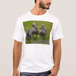 Ganso selvagem - perseguição camisetas