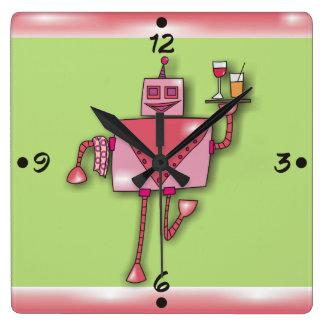 Garçom cor-de-rosa da menina do robô com os pulsos relógio para parede