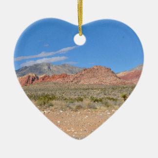 Garganta vermelha da rocha em Nevada Ornamento De Cerâmica Coração