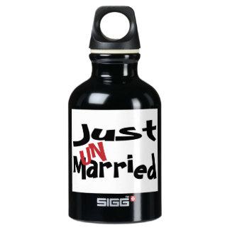 Garrafa D'água Apenas Un casado
