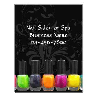 Garrafas coloridas do verniz para as unhas salão panfletos personalizados