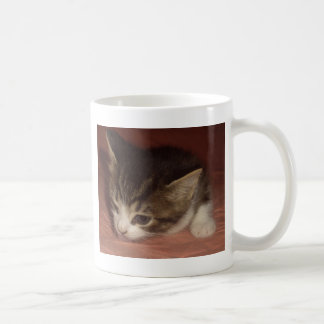 Gatinho encantador caneca de café