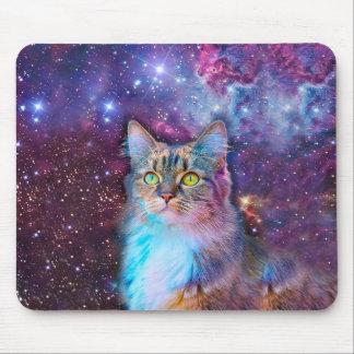 Gato orgulhoso com fundo do espaço mouse pad