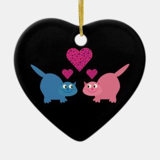 Gatos bonitos & corações eu te amo customizáveis ornamento de cerâmica coração