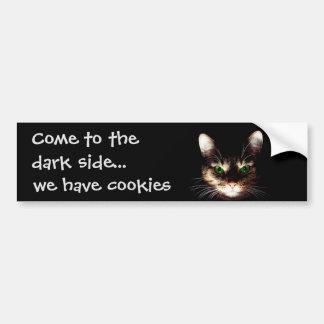 """Gatos de Badass - """"o lado escuro tem biscoitos """" Adesivo Para Carro"""