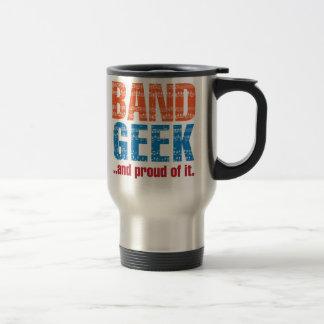 Geek da banda… e orgulhoso dele caneca térmica