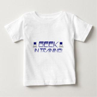 Geek no treinamento camisetas