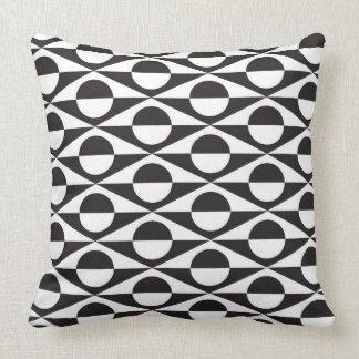 Geométrico moderno, preto e branco travesseiros