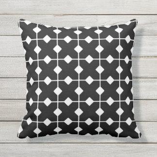 Geométricos moderno, diamantes - preto e branco travesseiro de decoração