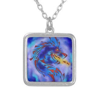 Glenfbach V1 - dragão místico Colar Banhado A Prata