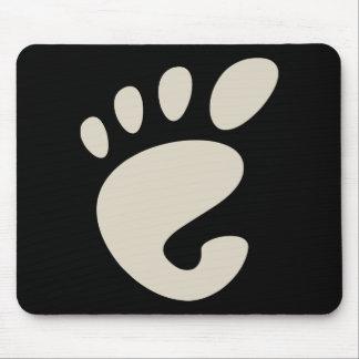 Gnomo - Linux - OSS FSF Mousepads
