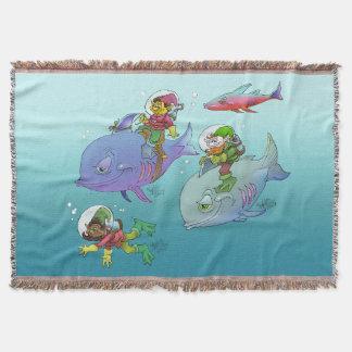 Gnomos dos desenhos animados que montam em peixes, coberta