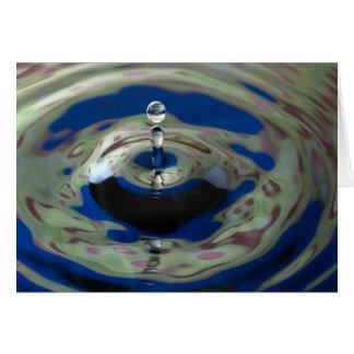 Gota da água do verde azul e do roxo cartão