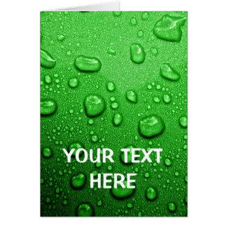 Gotas de água no fundo verde, legal & molhado cartão