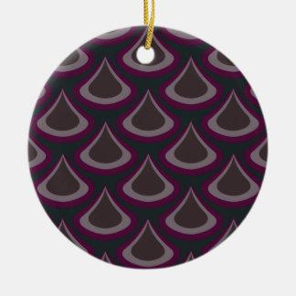 Gotas do pavão de Nouveau da ameixa Ornamento De Cerâmica Redondo