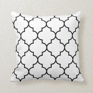 Grande preto no fundo branco Quatrefoil Travesseiros
