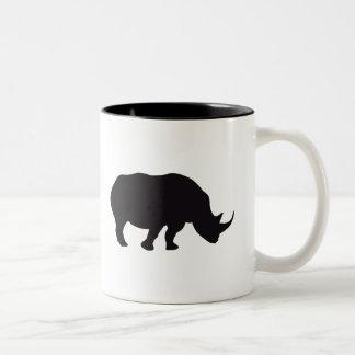 Gravura de madeira do vintage do rinoceronte caneca de café em dois tons