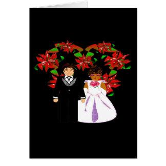 Grinalda inter-racial do coração do casal do casam cartoes