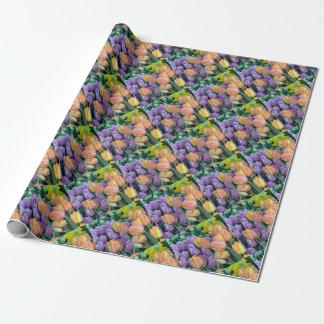 Grupo de tulipas coloridas papel de presente