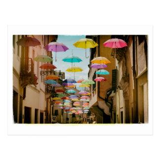 Guarda-chuvas de flutuação cartão postal